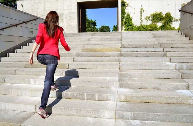Photo of 7 Health Benefits of Going Up and Down the Stairs