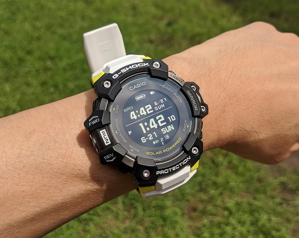 G-SHOCK GBD-H1000 Review, the First Heart Rate Sensor Enhanced, Specialized for Sports 12