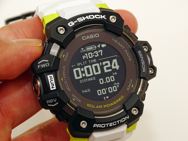 G-SHOCK GBD-H1000 Review, the First Heart Rate Sensor Enhanced, Specialized for Sports 5